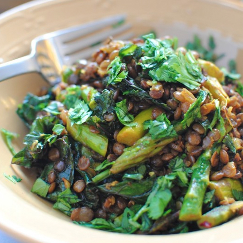 INDIAN STYLE LENTIL SAUTE WITH ASPARAGUS AND KALE