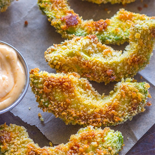 Crispy Avocado Fries & Chipotle Dipping Sauce