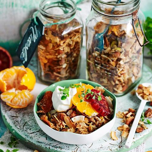 Mandarin and cardamom gluten-free muesli